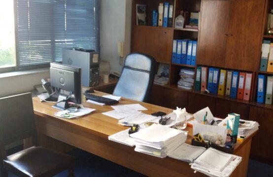 Atina Acharnon'da, Yatırım, iş yeri 240 m2