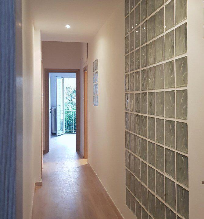 corridor_669x1200