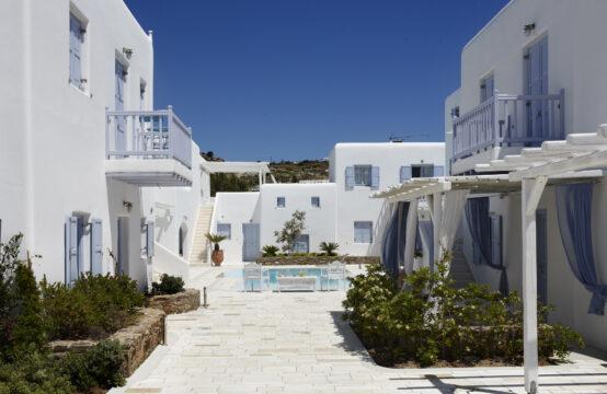 Mykonos'ta Satılık Butik Suit Otel 530 m2